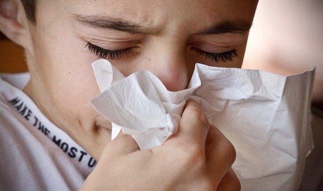 jak uvolnit ucpaný nos při rýmě
